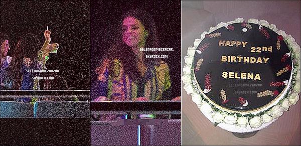 *22/07/14. Selena a été vue après avoir déjeuner avec des amis à Saint-Tropez. Selly à célébré son anniversaire sur un Yacht dans un Esctasea. Top oub Flop ?