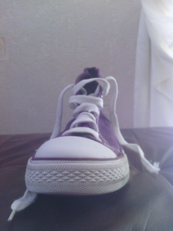 Chaussures montantes violette 38.