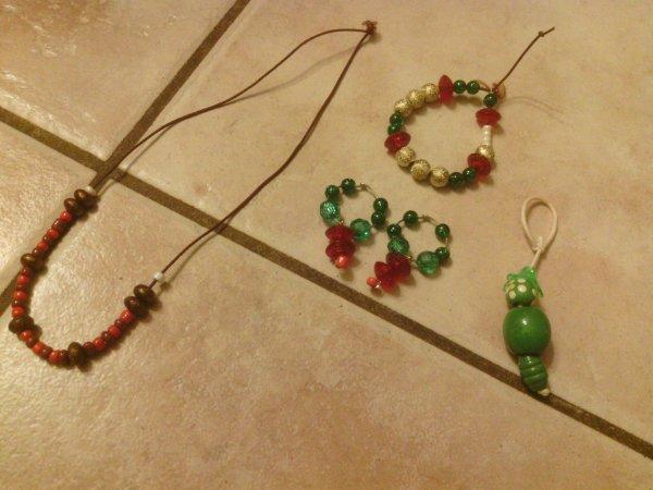 Lot collier+bracelet+boucle d'oreille+1 cadeau