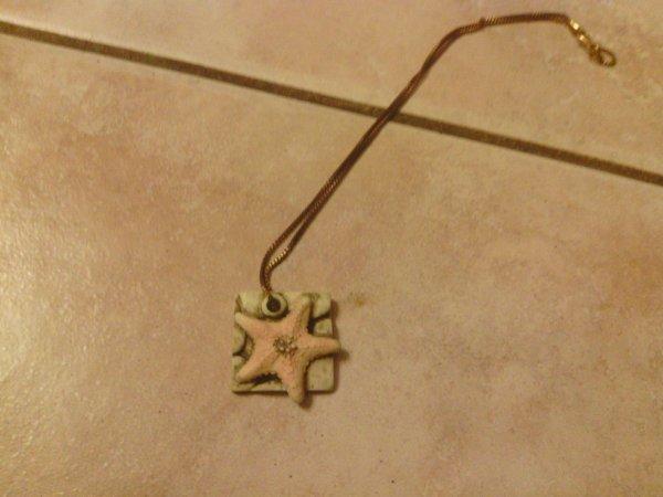 Collier carré étoile de mer