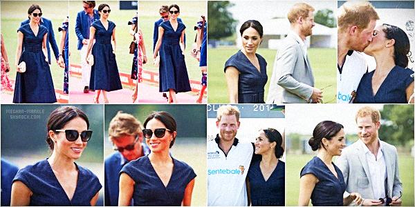 """. .26.07.2018.▬Meghan Markle et le Prince Harry étaient au """"Sentebale Polo 2018 dans une propriété de Berkshire, Windsor. ● Le Prince Harry y participait donc la belle n'a pas hésité à soutenir son mari. Ils ont même fait un écart au protocole avec un baiser. ."""