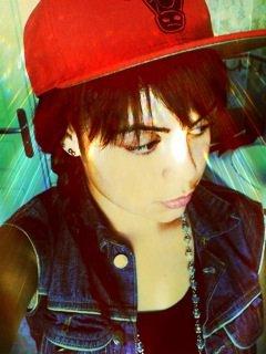 Cette photo date j'avais les cheveux longt
