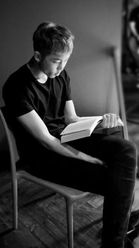 """""""Parfois, il faut savoir lire entre les lignes..."""""""