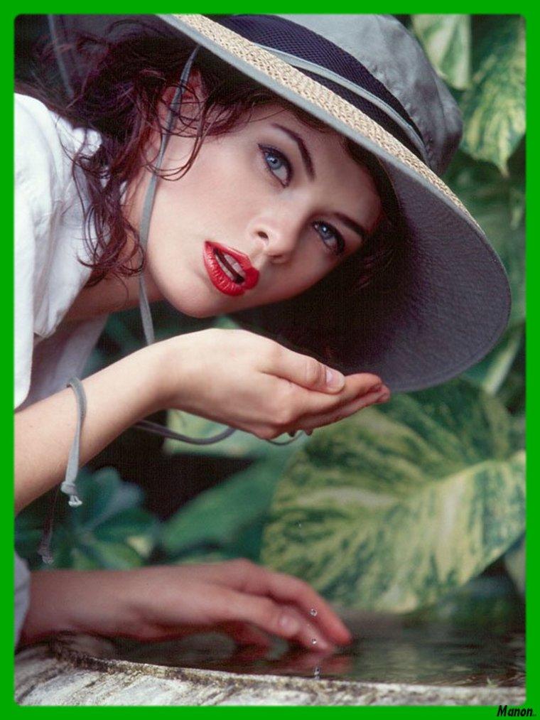 ..blog  en  pause  je  reviens  Lundi  votre douce Manon..