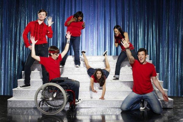 Assistindo: Glee