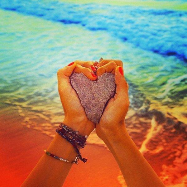 S'aimer soi-même est le début d'une histoire d'amour qui durera toute une vie.