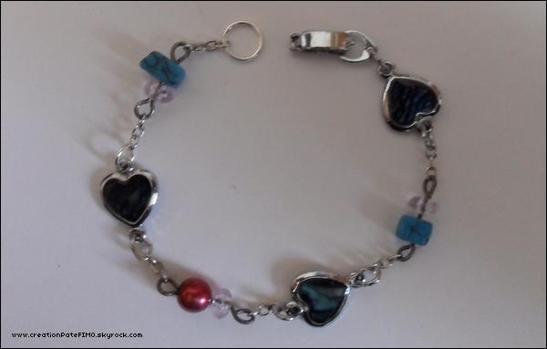 .~ Bracelet  Coeur & perles (très fin) - [ propriété de www.creationPateFIMO.skyrock.com ] .