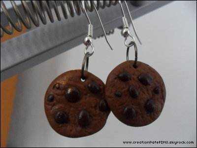.~ Boucles d'oreilles Cookies nougatine - [ www.creationPateFIMO.skyrock.com ] .