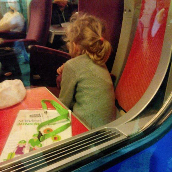 Poème dans un compartiment de train