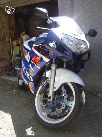 voila ma moto enfin