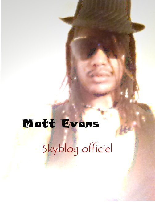 Matt Evans Officiel