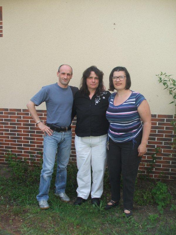 un bel après,midi avec ma fille stéphanie , mon fils françois et ma bru mèly