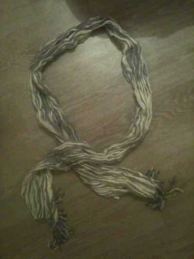 Echarpes 3¤ unité ou 7¤ le lot
