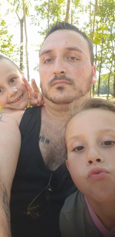 mon fils et mes petits enfants