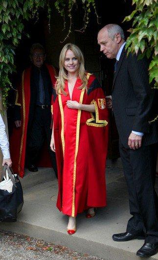 Duffy décroche une licence d'honneur en Angleterre, le 13 juillet 2011 à 15h29.