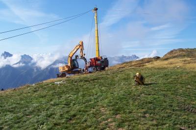 extraction de bois brulés à l'aide d'un cable-mat Valentini