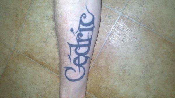 Tatoo avant bras mon prénom