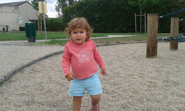 Lola au parc