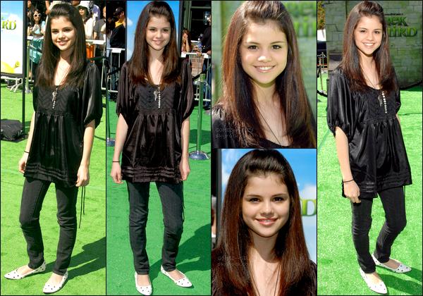 . 06/05/07 - Selena Gomez était présente à un événement, celle de l'avant-première du film - Shrek 3. Top ou Flop? .