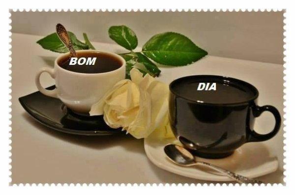 cafée pour nous///bonjour a tous bonne journée bisous.