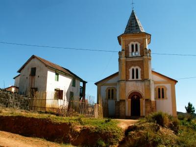 L'église d'Ambohitsoabe