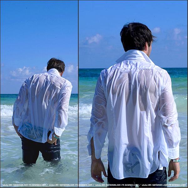 . Nouvelles photos du shoot d'Ian à la plage datant de 2009. D'autres photos du shoot sont disponibles ici. .