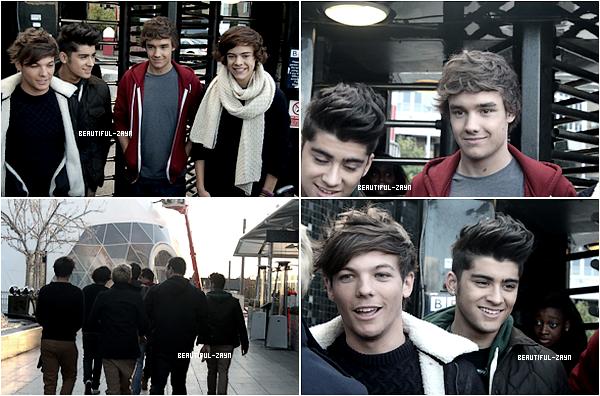 18 Novembre - Monsieur Zayn et les One Direction on interprété Whats Make You Beautiful et Gotta Be You sur le plateau de«Children in Need ». Regarde ci dessous, un extrait de leursperformances (WMYB).