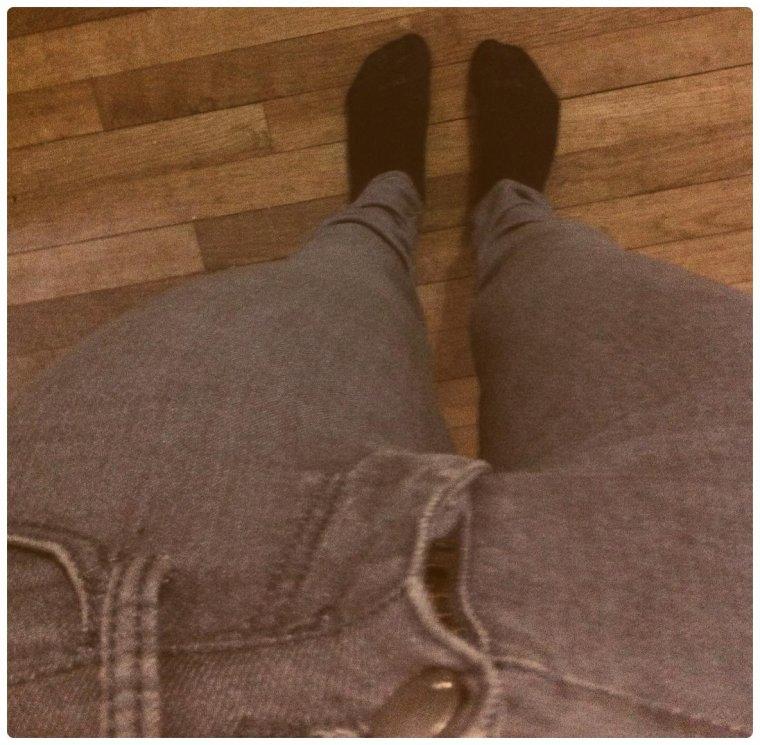 Jean gris skinny H&M.