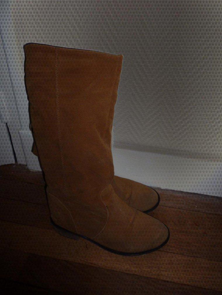 Chaussures (3 paires dont bottines fourrées et Victoria ! ).
