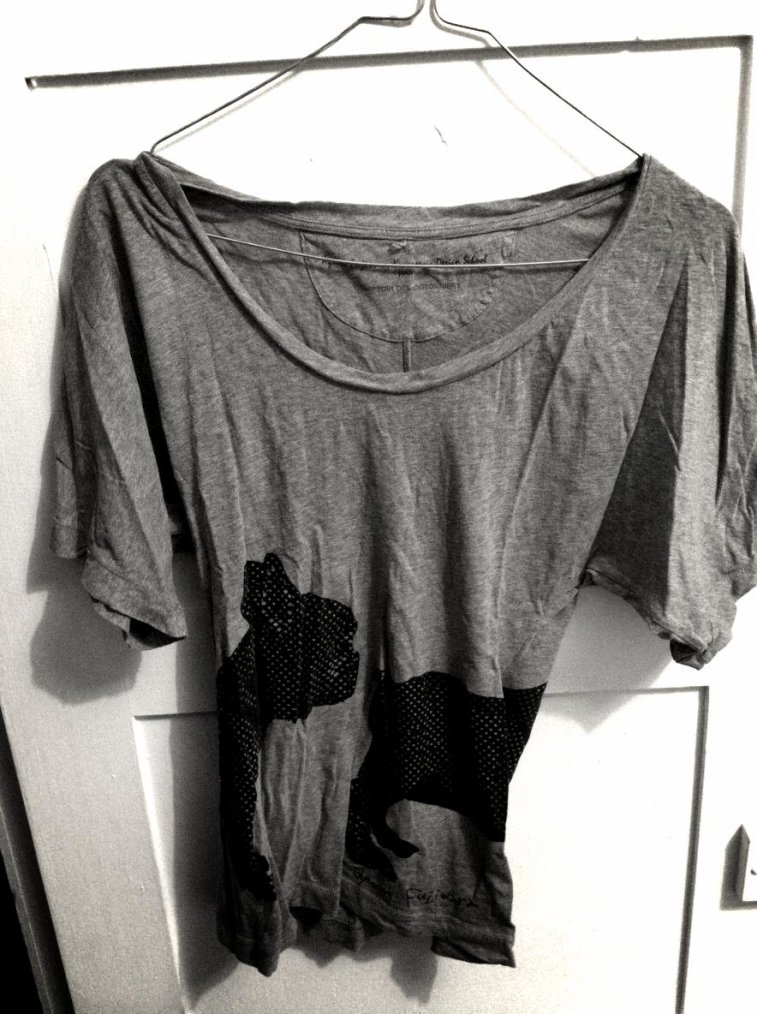 Sept T.Shirts et une Combishort à prix défiants.
