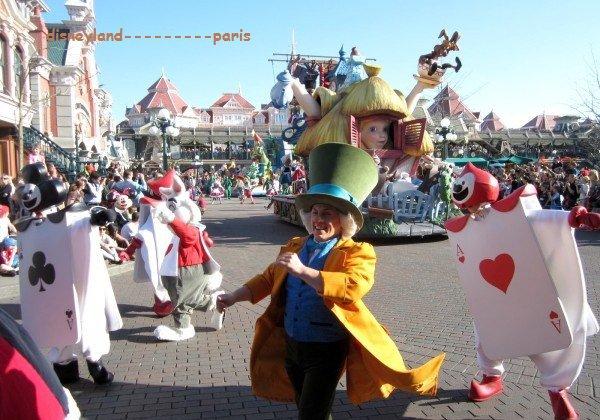 """A DECOUVRIR: """"La magie disney en parade"""""""