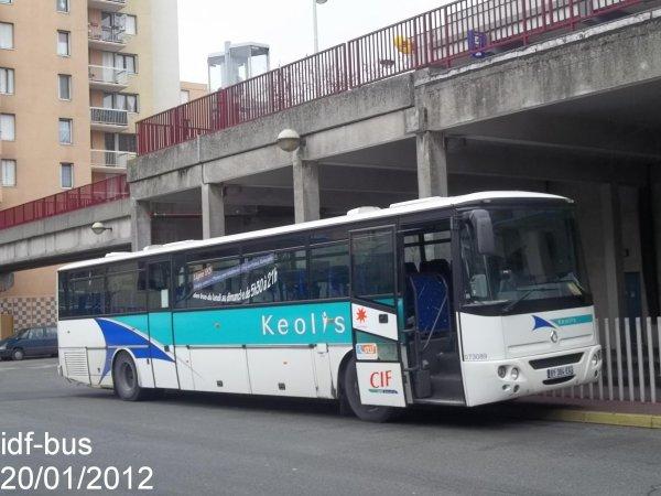Réseau CIF Groupe Kéolis,ligne 93,Autocar irisbus Axer à Bobigny-P. Picasso Métro-Tram
