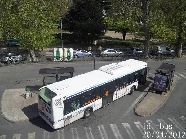 Réseau Transdev SITUS,bus irisbus Agora S ¤3 clim à Sucy-Bonneuil RER
