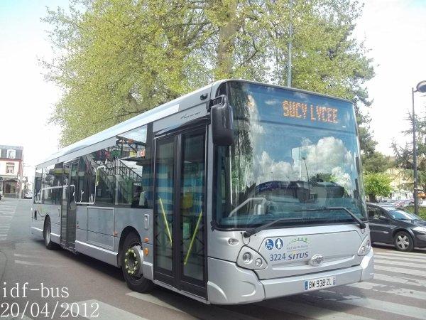 Réseau Transdev SITUS,bus Heuliez-bus GX 327 STIF à Sucy-Bonneuil RER