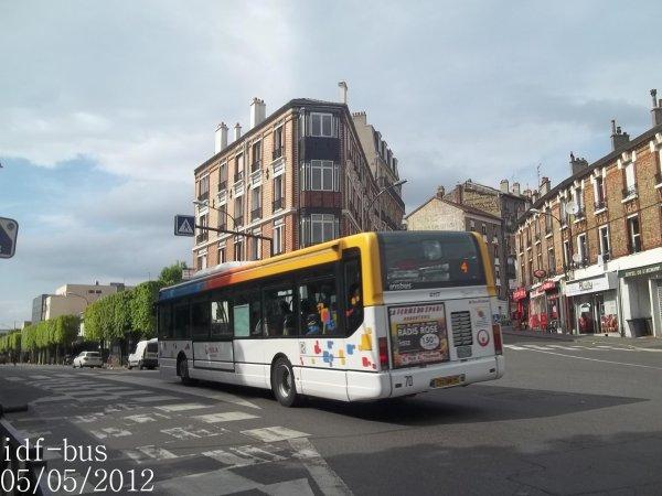 Réseau Véolia transport R'Bus TVO,ligne 4,bus irisbus Agora Line clim n°4117 à Gare d'Argenteuil