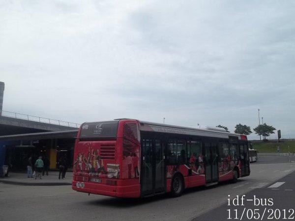 Réseau CIF Groupe Kéolis,ligne T'Bus (Ville de Tremblay-en-France),bus irisbus Agora S clim à Roissypôle RER