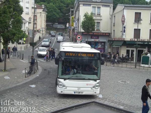 Réseau Véolia transport STRAV,ligne J1,bus irisbus-iveco Citelis 12 clim à Villeneuve-Saint-Georges RER