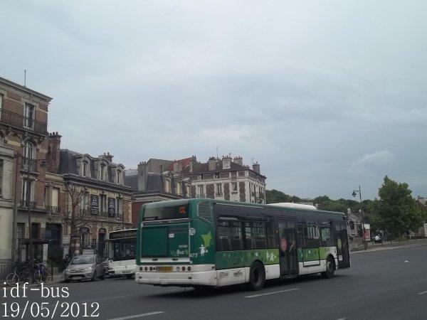 Réseau Véolia transport VY BUS-STRAV,bus irisbus-iveco Citelis 12 clim à Villeneuve-Saint-Georges RER