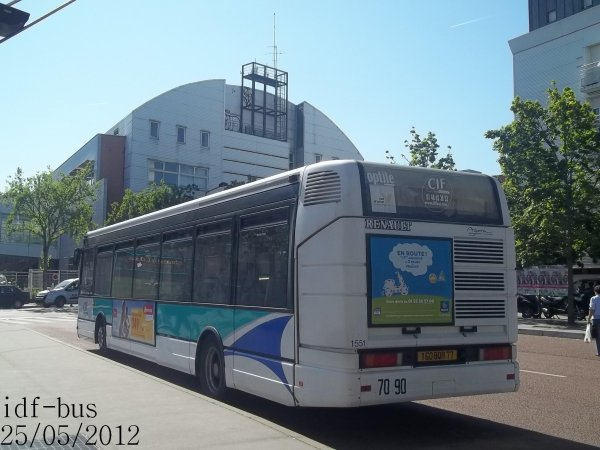 Réseau CIF Groupe Kéolis,ligne 11,bus Renault Agora S à Saint-Denis-Université Métro