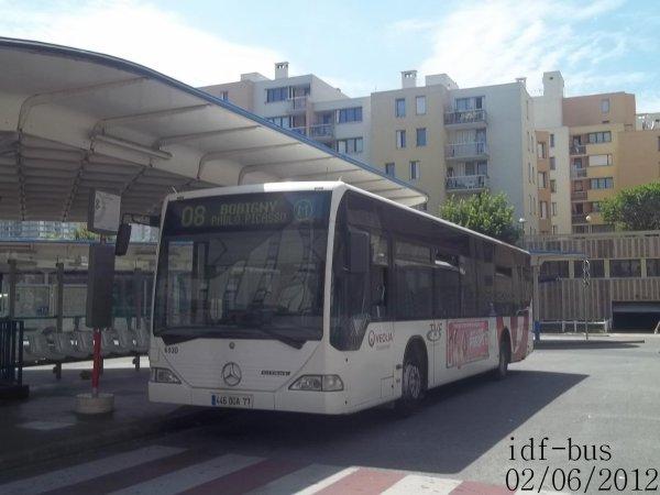 Réseau Véolia transport TVF,ligne 08,bus Mercedes-Benz Citaro version car à Bobigny-P. Picasso Métro-Tram