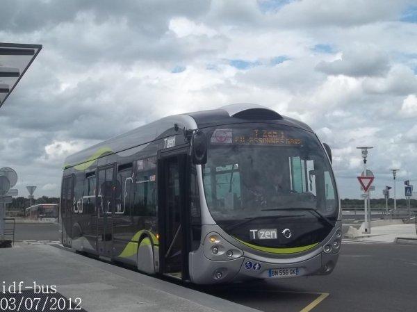 Ligne T'ZEN 1,bus irisbus-iveco Créalis Néo 12 à Lieussaint-Moissy RER
