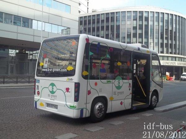 Réseau Be Green,un minibus Breda Menarinibus sur la navette du ministère de la Santé