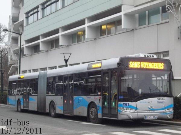 Quelques bus du réseau Transdev Apolo 7 à Chelles-Gournay RER