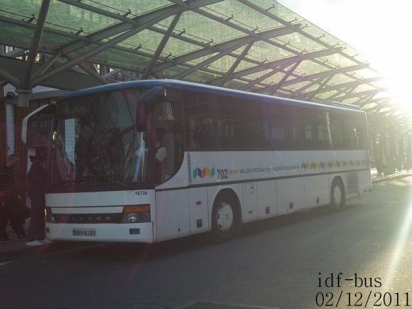 Réseau Véolia Transport Les Autobus du Fort,autocar Setra S 315 GT HD de la ligne 702 express à Val de Fontenay RER