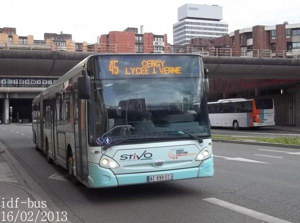 Réseaux STIVO,Bus Val d'Oise,Valoise Groupe Lacroix et Véolia Transport Conflans-Sainte-Honorine à Cergy-Préfecture RER