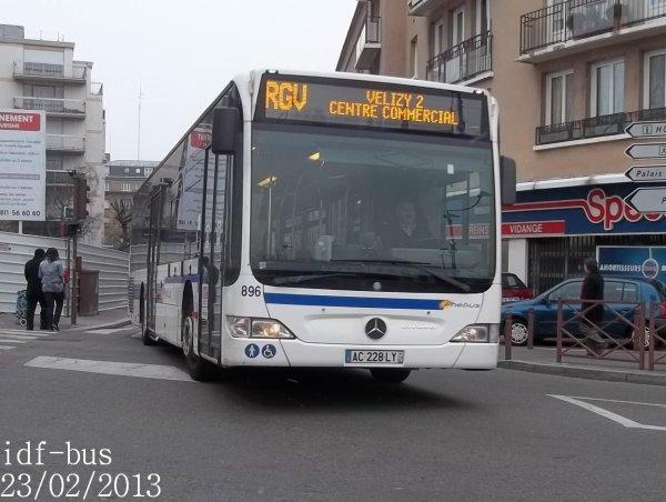 Réseau Phébus groupe Kéolis,le bus Mercedes-Benz Citaro II clim n°896 sur la ligne RGV à Gare de Versailles-Chantiers