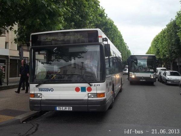 Réseau TransVO, Bus Heuliez GX317 ¤2 n° 8149 en service spécial