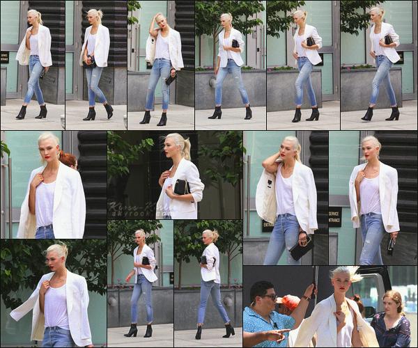 .. ----▷ Candid -◆- Blondie a été vu sur le set d'un shoot pour Swarovski à New York .