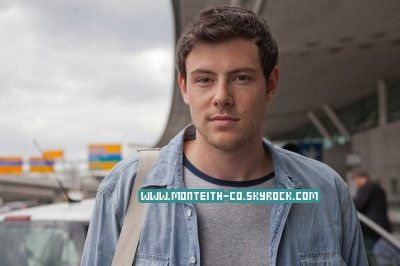 16 JUIN 2011 :  Cory quittant son hôtel à New York.  TOP/FLOP/BOF ? TOP ! ♥ . +1 Still de Monte Carlo et une interview du cast .