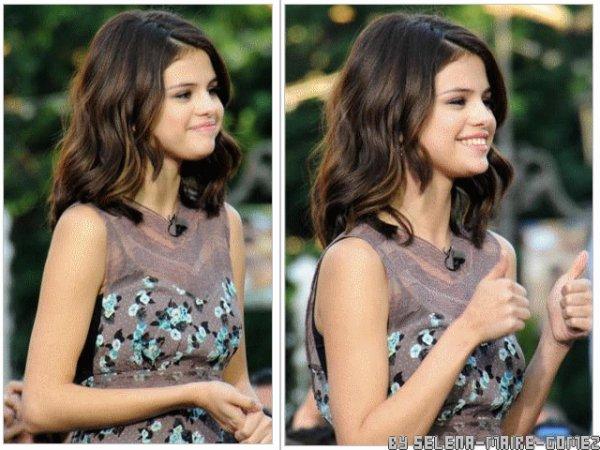 > http://selena-maire-gomez.skyrock.com/ | Selena a été la vedette de « The Grove »